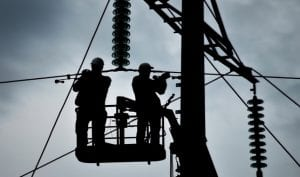 Electrical lineman and Wire men Difference - Coyne College